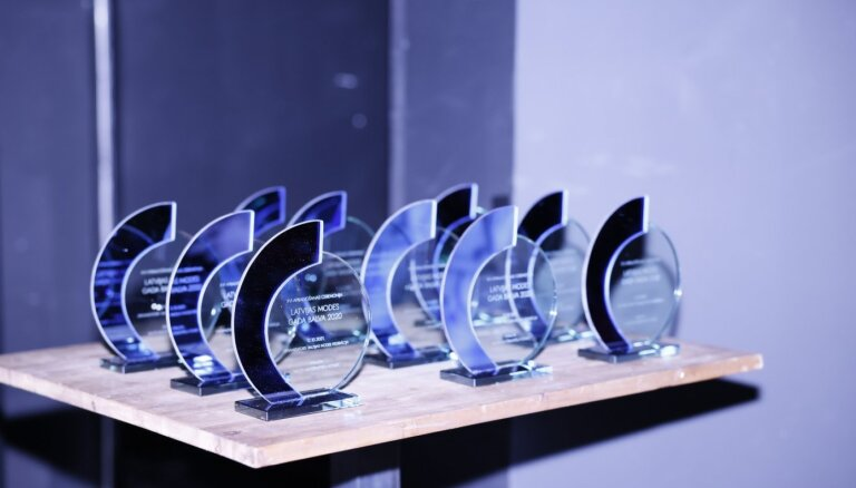 Noskaidroti 16. Latvijas modes gada balvas uzvarētāji