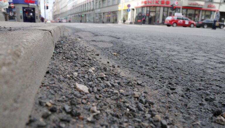 Čaka ielas seguma atjaunošanas projektēšana maksās teju 100 000 eiro