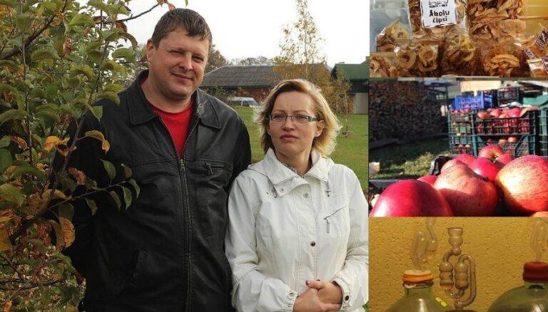 Ciemos mājās Lībagos, kur audzē vīngliemežus un darina ābolu vīnu