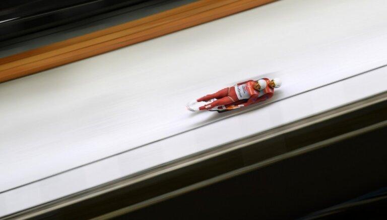 Brāļi Šici izcīna ceturto vietu PČ sprinta disciplīnā; Aparjods - piektais