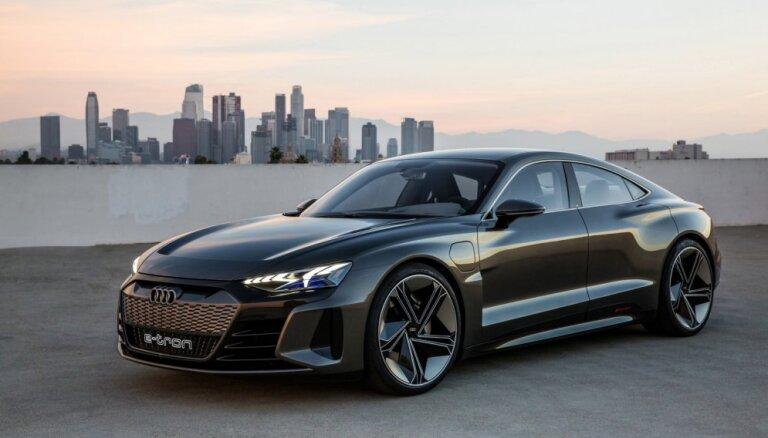 'Audi e-tron GT' četrdurvju elektriskā kupeja ražošanā nonāks pēc diviem gadiem