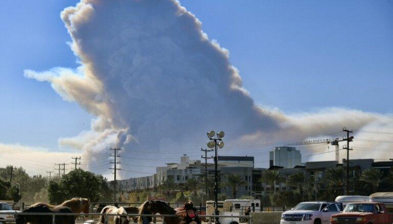 Число пропавших без вести из-за пожаров в США превысило 1200 человек