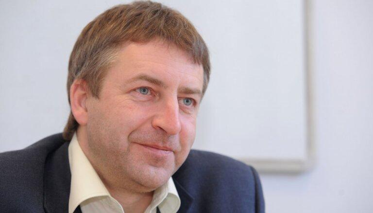 Spēkā stājies spriedums par 13 000 eiro piedziņu no Gundara Bojāra