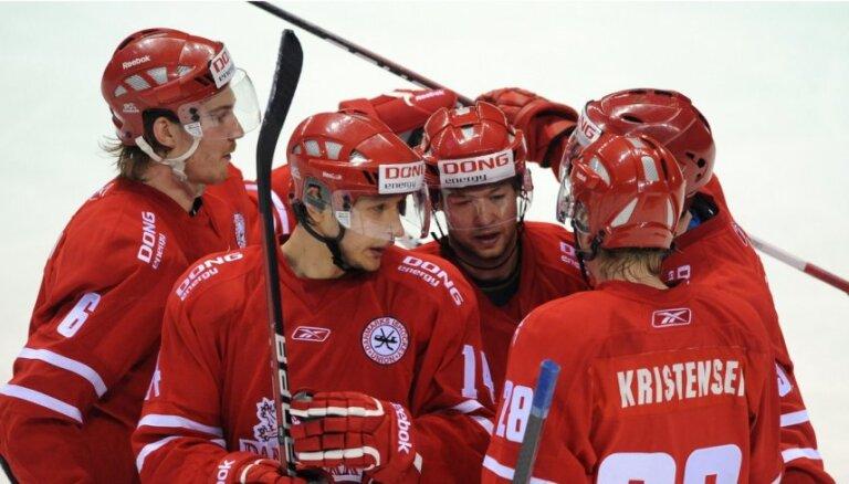 Kanādai un Dānijai uzvaras pēdējās pārbaudes spēlēs pirms PČ