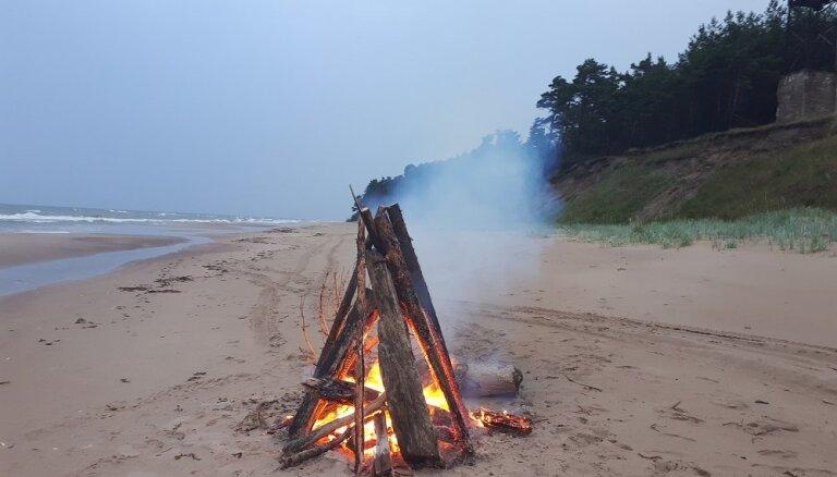 Akcijā 'Izgaismo Latviju' aicina noiet vienu no Latvijas 1836 kilometrus garā pierobežas maršruta
