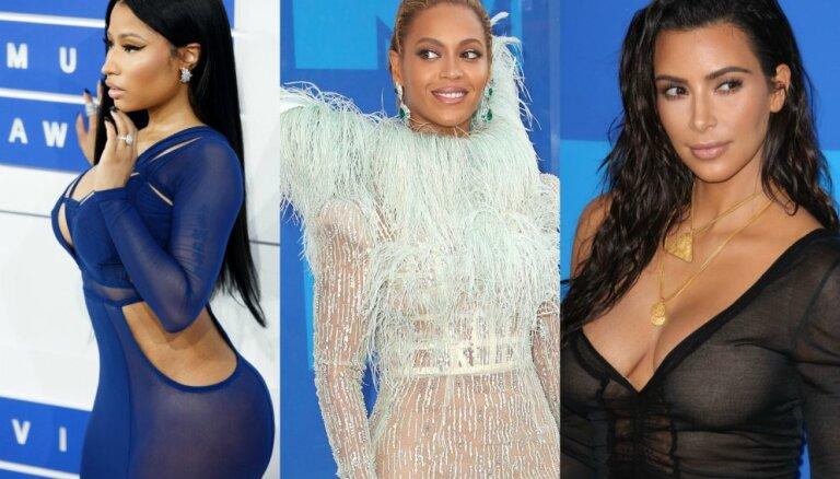 Foto: MTV balvu spilgtākie dekoltē un stila neveiksmes