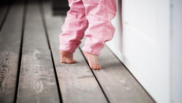 Rīgas bāriņtiesa atļauj par Dobelē vecākus zaudējušo bērnu aizbildni iecelt viņu tanti