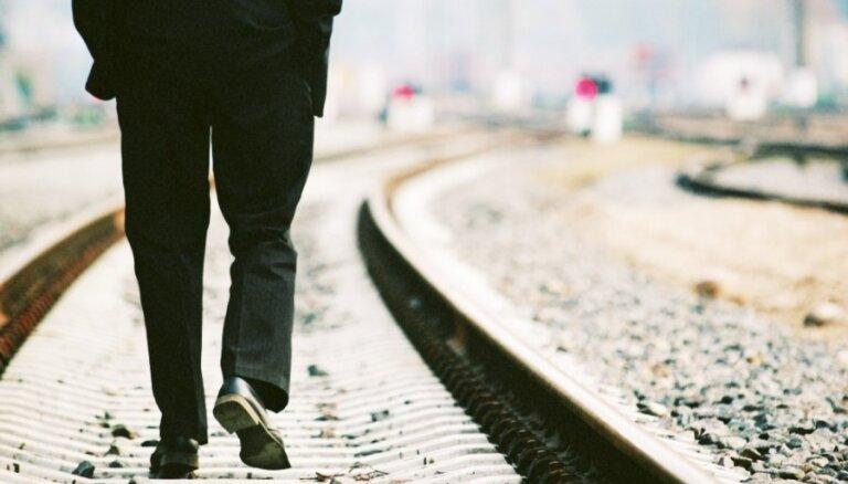 Latvijā gandrīz pusei bezdarbnieku ir vidēji zema motivācija meklēt darbu, atklāj NVA