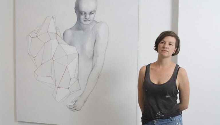 Vientuļā vaļa mācība. 'Survival Kit 8' māksliniece Kate Krolle