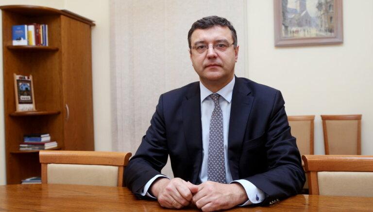 Страуюма: обязанности министра сообщения будет временно исполнять Рейрс