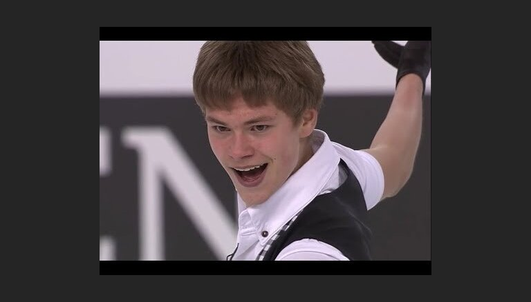 ВИДЕО: Как латвийский фигурист обновил на ЧМ национальный рекорд