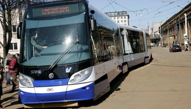 Iepirkumā par būvprojekta izstrādi 'kapu tramvaja' izbūvei aizdomas par dokumentu viltošanu