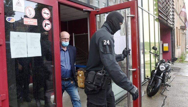 Nekā personīga: по делу Адамсонса задержаны бывшие сотрудники КГБ ЛССР и начальник полиции одного из самоуправлений