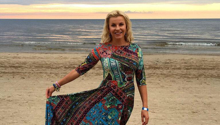 Foto: Kā šovasar pucējas aktrise Agnese Zeltiņa