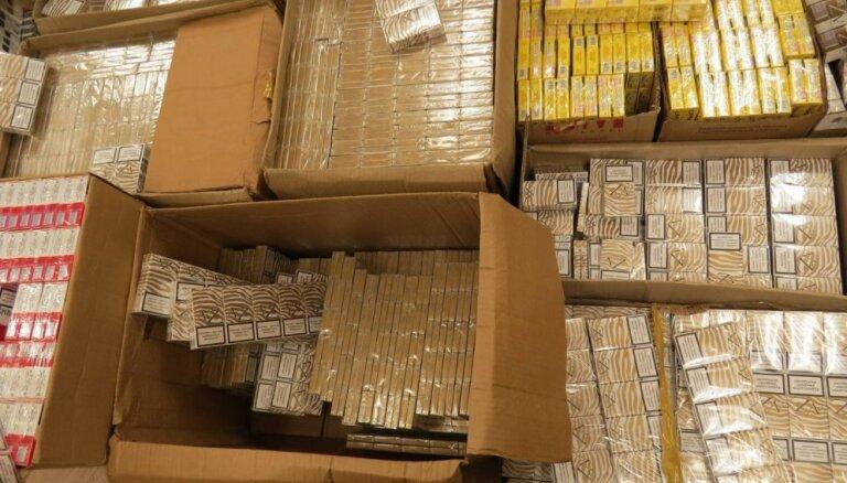 Liepājas ostā atrod pusmiljonu kontrabandas cigarešu