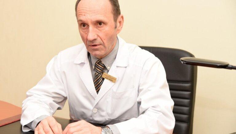 Tiesa atkārtoti attaisno kukuļņemšanā apsūdzēto Jelgavas slimnīcas vadītāju Ķipuru