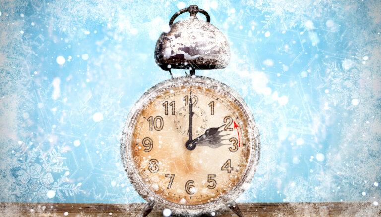 На час назад: Латвия переходит на зимнее время