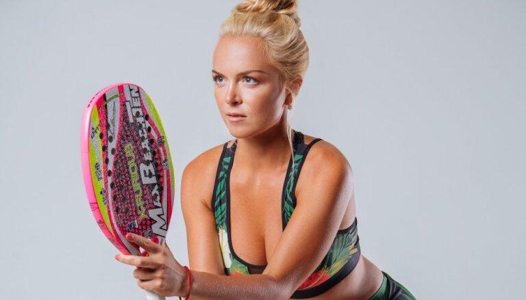 Патронесса Рижского бала выиграла турнир по пляжному теннису в Бразилии