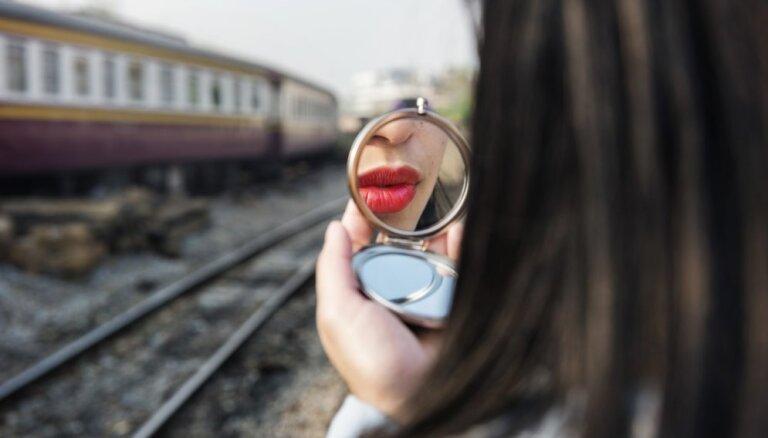 ВИДЕО. В рекламе новой помады нашли порнографический подтекст