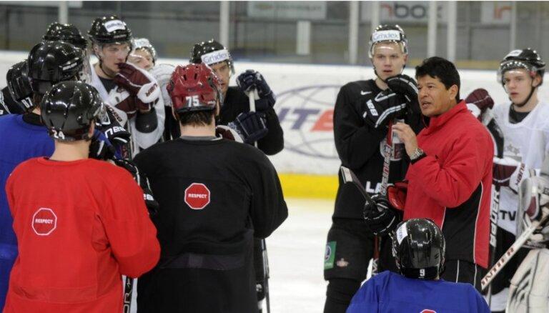 Nosaukts Latvijas izlases sastāvs pirmajai spēlei ar Čehiju