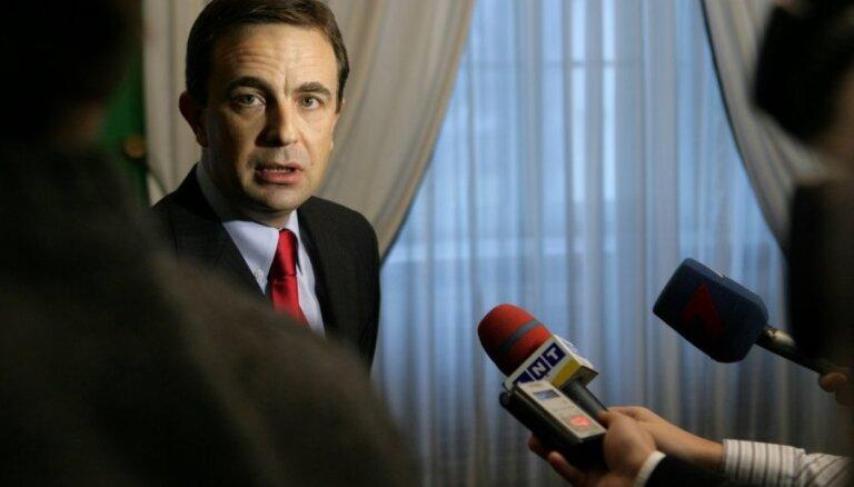 Valdība pilnvaro SM sarunām ar EK par 'vilcienu iepirkuma' naudas izmantošanu