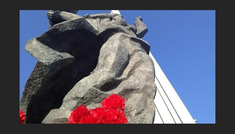 Кажока: судьбу спорного памятника должна решать дума, а не Сейм