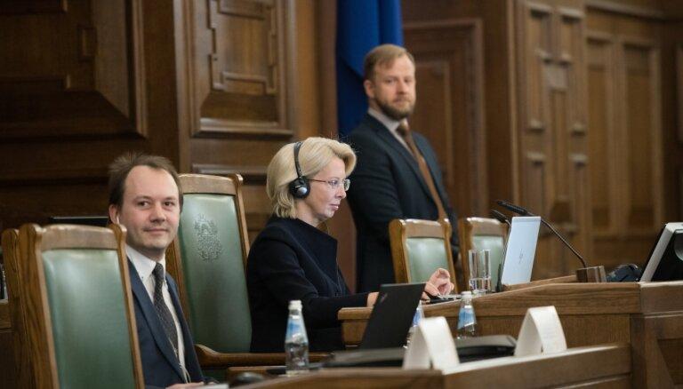 E-Saeimas lietošana sākas ar strīdiem, bet turpinās raiti