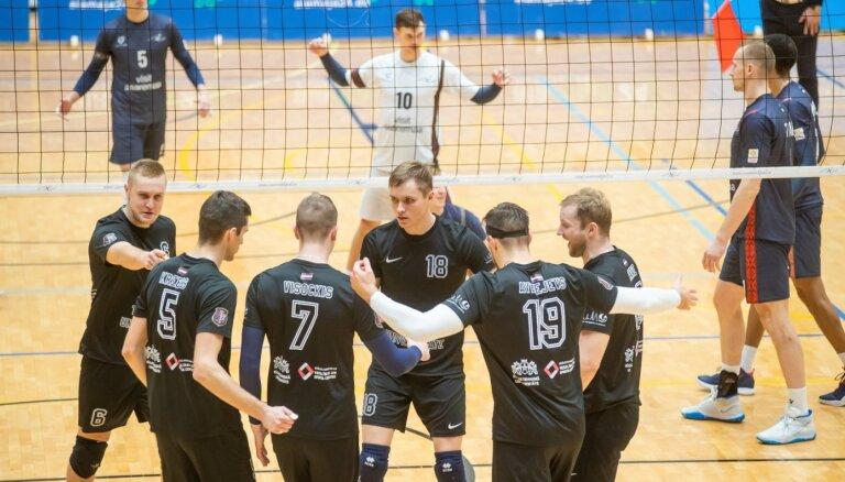 RTU/'Robežsardzes' volejbolisti trīs setos zaudē Kēla vadītajai 'Parnu'
