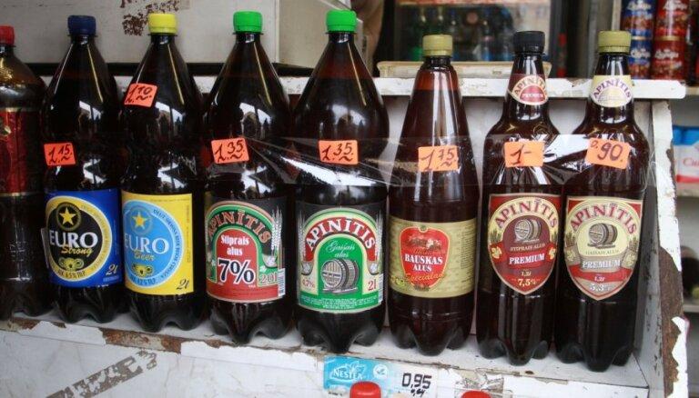 """Нацобъединение просит президента ускорить запрет на торговлю пива в """"двухлитровках"""""""