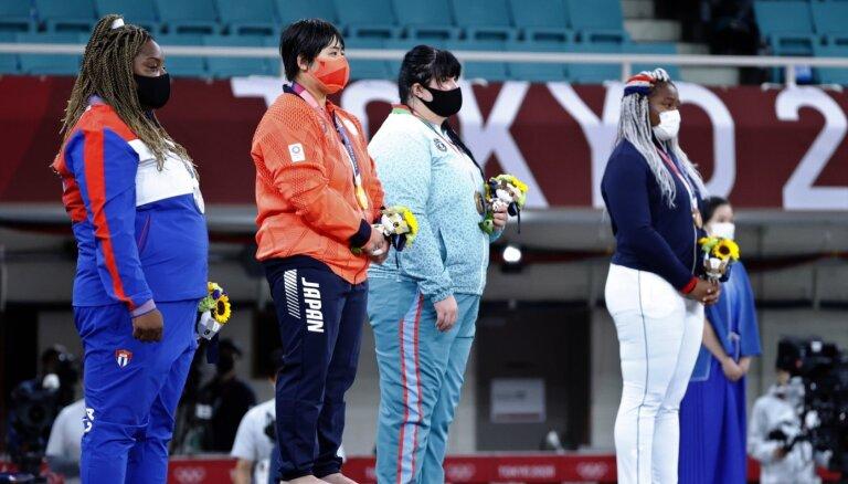 Japāna izcīna devīto olimpisko medaļu džudo