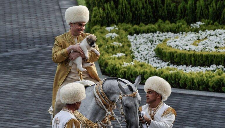Covid-19: Totalitārajā Turkmenistānā nedrīkst pat pieminēt vārdu 'koronavīruss'