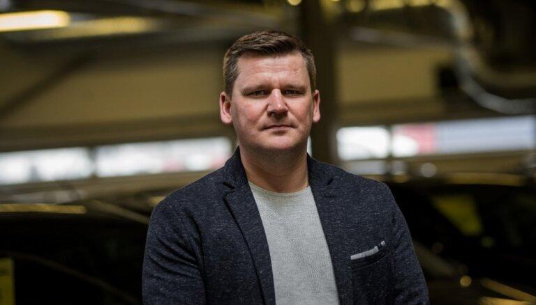 'Auto nozari jau tuvākajā laikā gaida lielas pārmaiņas'. Saruna ar 'BRC Latvija' vadītāju Matīsu Mežaku