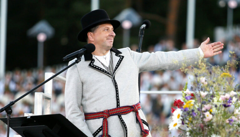 Опрос: большинство латвийцев не хотят повторно видеть Вейониса президентом Латвии