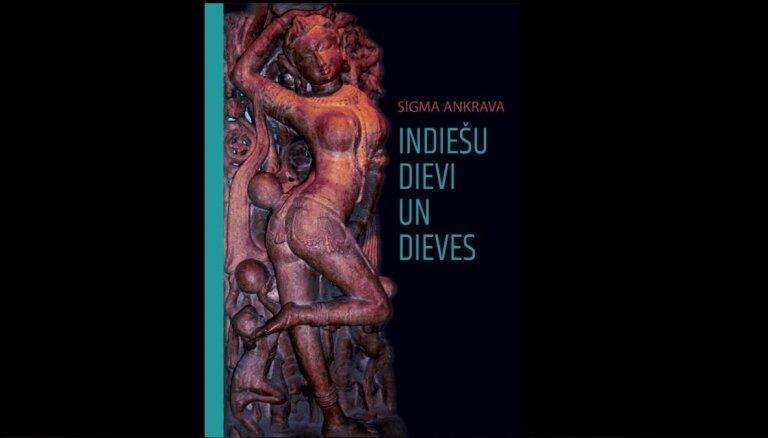 Klajā laista Sigmas Ankravas grāmata 'Indiešu dievi un dieves'