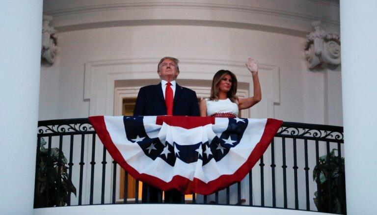 Neatkarības dienā Tramps sola sakaut 'radikāli kreisos' un saglabāt amerikāņu dzīvesveidu