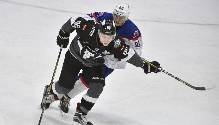 'Rīga' hokejisti piedzīvo zaudējumu pirmajā pārbaudes spēlē