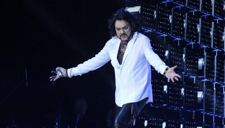 """Бузова предложила Киркорову спеть дуэтом на """"Евровидении"""""""