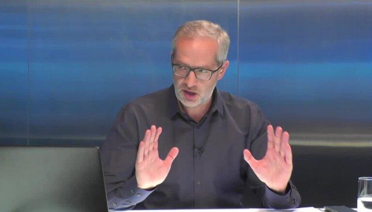 Sankcijas pret Krieviju ir muļķība, uzskata Urbanovičs