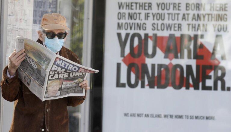 Британские магазины могут потребовать ковидные сертификаты у покупателей уже этим летом