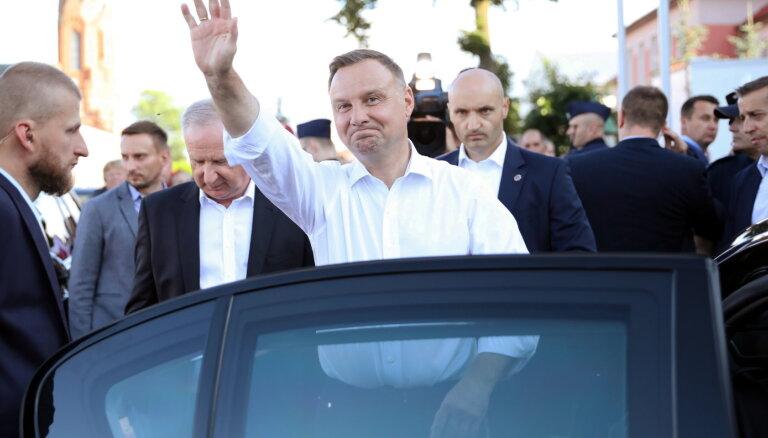 Juris Kaža: Par Poliju, nepilnu glāzi, gāganu kariem un Rīgas domes vēlēšanām