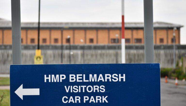 "Bloomberg описал условия содержания Ассанжа в тюрьме, прозванной ""британским Гуантанамо"""