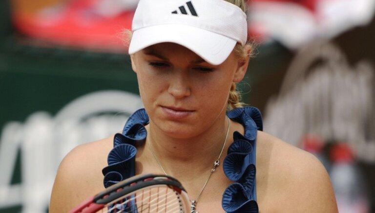 No 'French open' izstājas arī WTA ranga līdere Karolīna Vozņacki