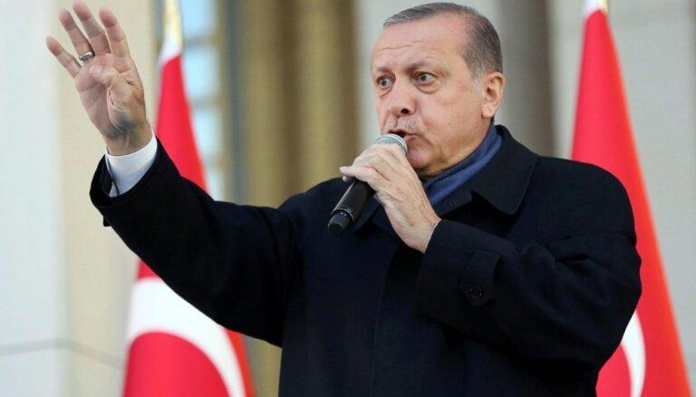 Erdogans: Arābu valstu prasības Katarai ir pretrunā starptautiskajām tiesībām