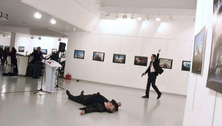 Turcija Krievijas vēstnieka slepkavībā vaino Gilena kustību