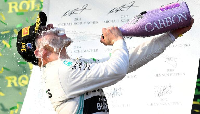 """Боттас выиграл первый этап """"Формулы-1"""" по новым правилам, Квят — в десятке"""