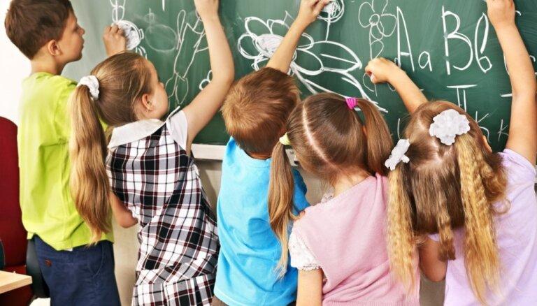Kučinskis: 1. septembris ir pārāk tuvu sešgadnieku uzņemšanai skolās jau šogad