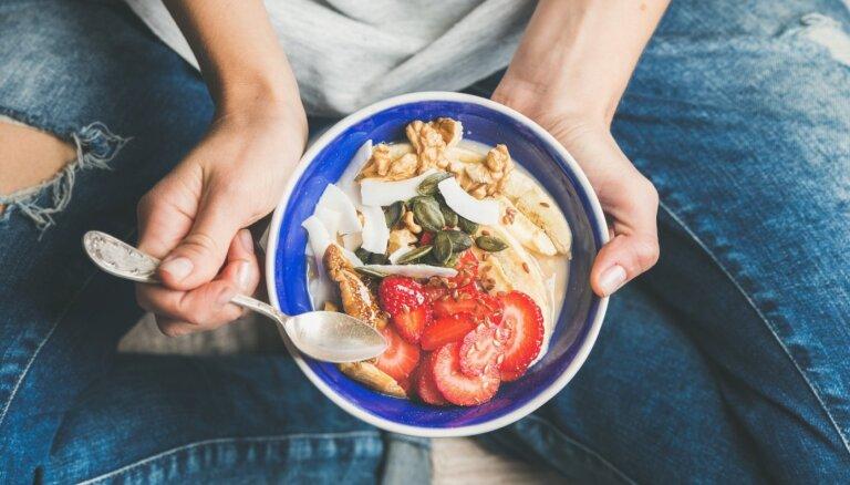 Неосознанное переедание: пять ошибок, из-за которых вес стоит на месте