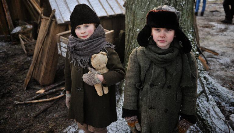 Foto: Sāk uzņemt filmu par ebreju glābēju Žani Lipki