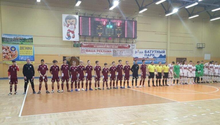 Latvijas U-19 telpu futbolistim zaudējums Baltkrievijas treniņnometnes noslēgumā