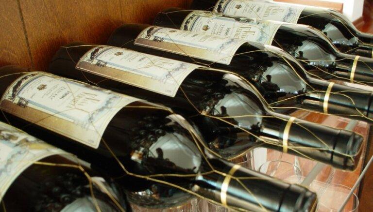 Ražot vīnu no vietējiem produktiem mazajām darītavām ir pamatots ierobežojums, pauž vīndari